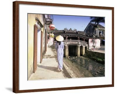 Japanese Covered Bridge, Hoi An, Central Vietnam, Vietnam, Indochina, Southeast Asia, Asia-Gavin Hellier-Framed Photographic Print