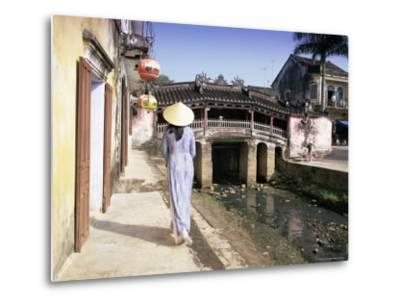 Japanese Covered Bridge, Hoi An, Central Vietnam, Vietnam, Indochina, Southeast Asia, Asia-Gavin Hellier-Metal Print
