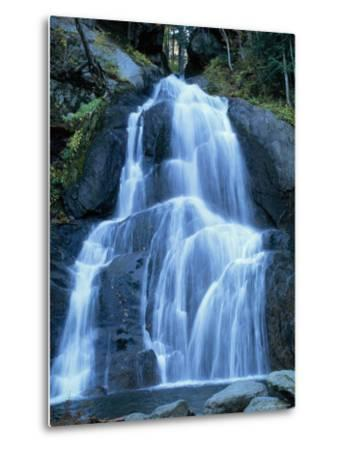 Moss Glen Falls in the Green Mountain National Forest, Vermont, New England, USA-Amanda Hall-Metal Print
