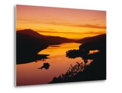 Queen's View at Sunset, Pitlochry, Tayside, Scotland, UK, Europe-Roy Rainford-Metal Print
