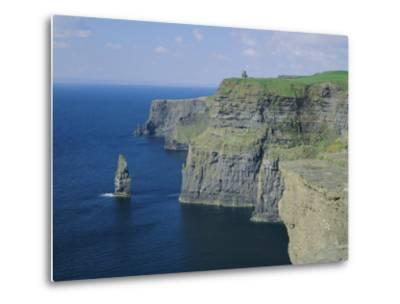 The Cliffs of Moher, County Clare, Munster, Republic of Ireland (Eire), Europe-Roy Rainford-Metal Print