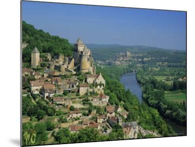 Castelnaud and the River Dordogne, Dordogne, Aquitaine, France, Europe-Roy Rainford-Mounted Photographic Print
