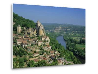 Castelnaud and the River Dordogne, Dordogne, Aquitaine, France, Europe-Roy Rainford-Metal Print