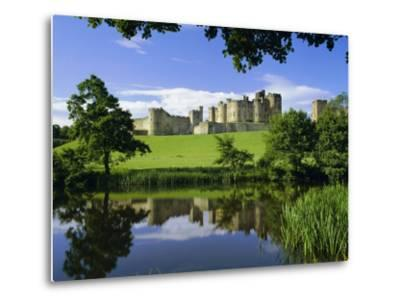 Alnwick Castle, Alnwick, Northumberland, England, UK-Roy Rainford-Metal Print