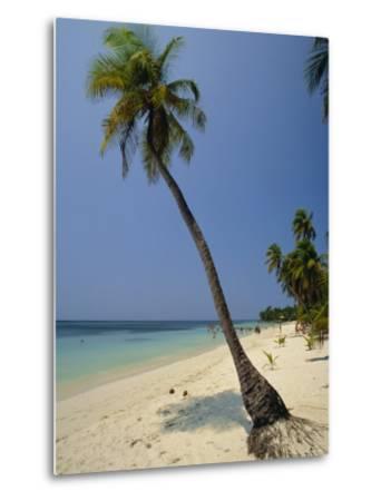 West Bay, Roatan, Largest of the Bay Islands, Honduras, Caribbean, Central America-Robert Francis-Metal Print