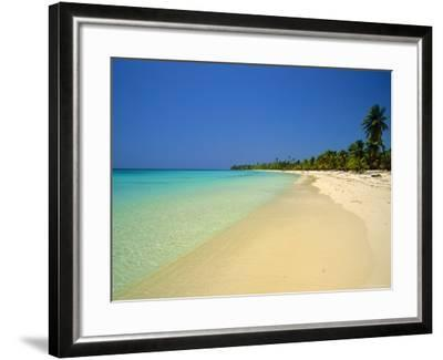 West Bay at the Western Tip of Roatan, Largest of the Bay Islands, Honduras, Caribbean, West Indies-Robert Francis-Framed Photographic Print