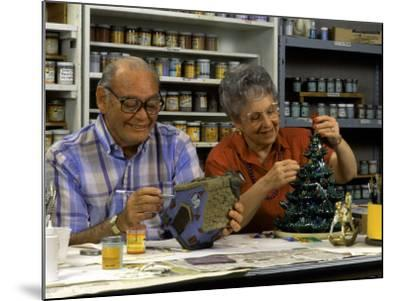 Retired Couple Making Ceramics in Art Class-Bill Bachmann-Mounted Photographic Print