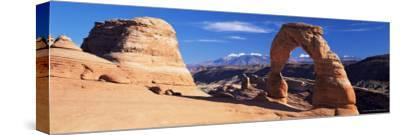 Delicate Arch, Arches National Park, Moab, Utah, United States of America (U.S.A.), North America-Lee Frost-Stretched Canvas Print