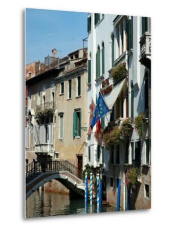 Bridge over Canal, Venice, Italy-Lisa S^ Engelbrecht-Metal Print