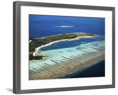 Mana Island, Mamanuca Islands, Fiji-David Wall-Framed Photographic Print