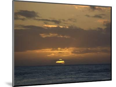 Beautiful Sunset over the Pacific Ocean, Hawaii-Stacy Gold-Mounted Photographic Print