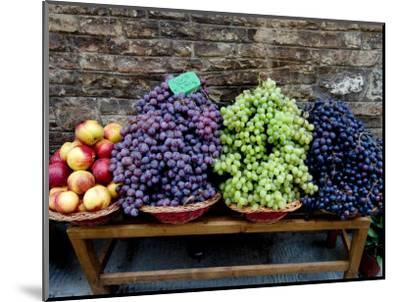 Grapes and Nectarines on a Bench at a Siena Market, Tuscany, Italy-Todd Gipstein-Mounted Photographic Print
