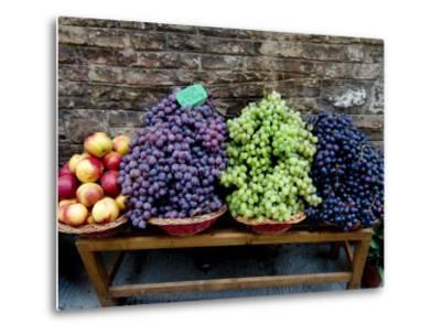 Grapes and Nectarines on a Bench at a Siena Market, Tuscany, Italy-Todd Gipstein-Metal Print