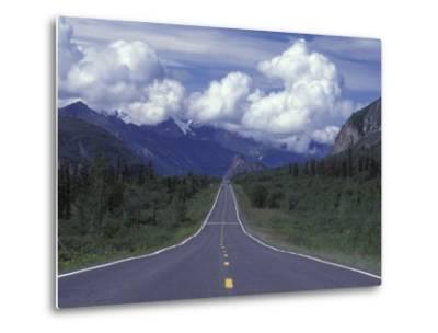 View Towards Lion's from the Road, Glenn Highway, Alaska-Rich Reid-Metal Print