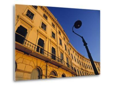 Adelaide Crescent, Hove, Brighton, East Sussex, England-Jon Arnold-Metal Print