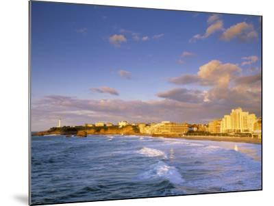 Biarritz, Pyrenees Atlantiques, Aquitaine, France-Doug Pearson-Mounted Photographic Print