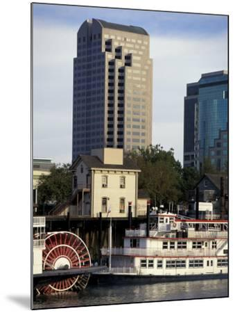 Sacramento, California-Robert Holmes-Mounted Photographic Print