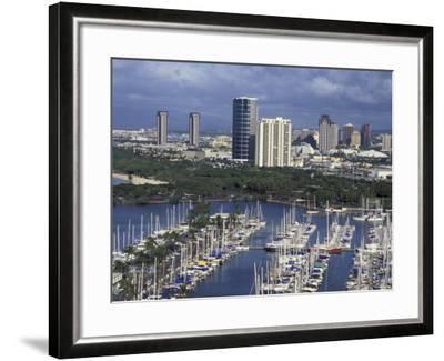 City Skyline and Beach, Honolulu, Oahu, Hawaii-Randa Bishop-Framed Photographic Print