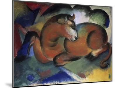 Red Bull, Aun Taureau Rouge-Franz Marc-Mounted Giclee Print