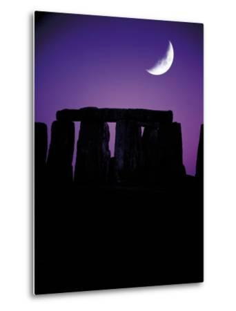 Crescent Moon Over Stonehenge, England-Terry Why-Metal Print