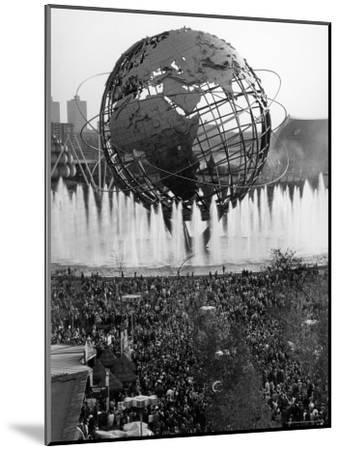 Fountains Surrounding Unisphere at New York World's Fair on Its Closing Day-Henry Groskinsky-Mounted Photographic Print