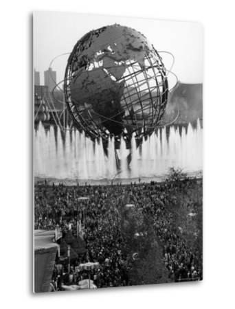Fountains Surrounding Unisphere at New York World's Fair on Its Closing Day-Henry Groskinsky-Metal Print
