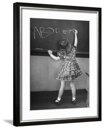 Little Girl Learning Her Abc's-Nina Leen-Framed Photographic Print