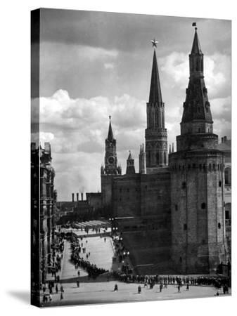 Line of Russians Along Street in Front of the Kremlin-Margaret Bourke-White-Stretched Canvas Print