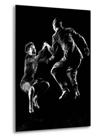 Professional Dancers Willa Mae Ricker and Leon James Show Off the Lindy Hop-Gjon Mili-Metal Print