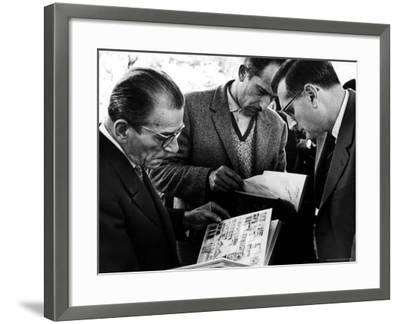 Stamp Collectors Trading Stamps on the Avenue Matignon-Alfred Eisenstaedt-Framed Photographic Print