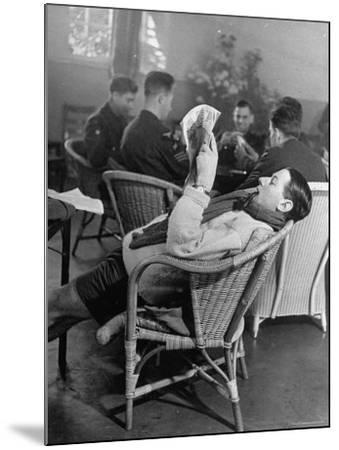 RAF Pilots Relaxing at a Rehabilitation Center-Hans Wild-Mounted Photographic Print
