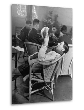 RAF Pilots Relaxing at a Rehabilitation Center-Hans Wild-Metal Print