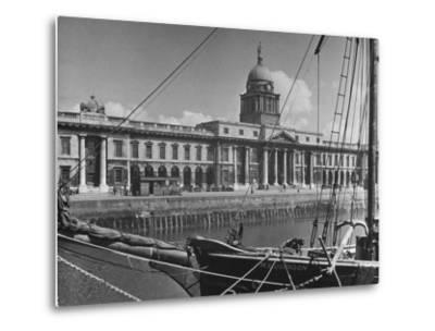 View of the Customs House in Dublin-Hans Wild-Metal Print