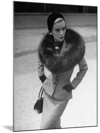 Model Wearing Tweed Suit, Fox Circle and Brooch-Nina Leen-Mounted Photographic Print