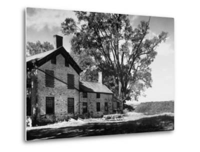 Old Brick Farmhouse-Alfred Eisenstaedt-Metal Print