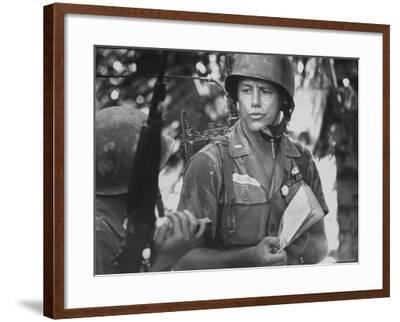 US Lt. Roger Zailskas Serving in Vietnam-Larry Burrows-Framed Photographic Print