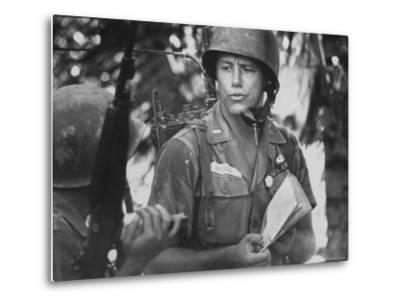US Lt. Roger Zailskas Serving in Vietnam-Larry Burrows-Metal Print