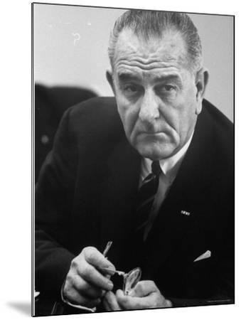 President Lyndon B. Johnson-Stan Wayman-Mounted Photographic Print