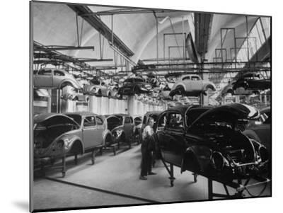 Volkswagen Plant Assembly Line-James Whitmore-Mounted Photographic Print