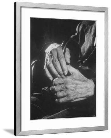 Shot of Hands Belonging to an Old Man-Carl Mydans-Framed Photographic Print