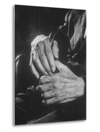 Shot of Hands Belonging to an Old Man-Carl Mydans-Metal Print