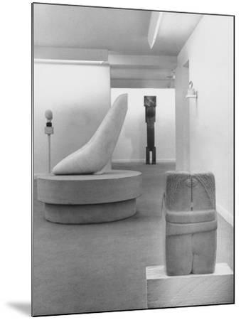 Sculptures by Brancusi on Exhibit at the Guggenheim Museum-Nina Leen-Mounted Photographic Print
