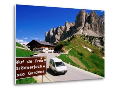 Gardena Pass, Dolomiti Di Sesto Natural Park, Italy-Richard Nebesky-Metal Print