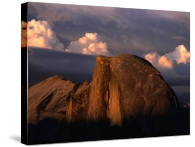 Half Dome in Yosemite National Park, Yosemite National Park, USA-Kraig Lieb-Stretched Canvas Print