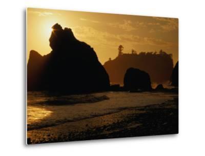 Ruby Beach at Sunset, Olympic National Park, USA-Nicholas Pavloff-Metal Print