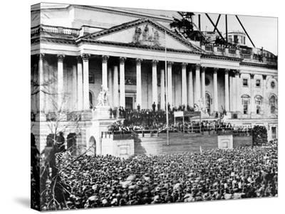 U.S. President Abraham Lincoln Stands Under Cover at Center of Capitol Steps--Stretched Canvas Print