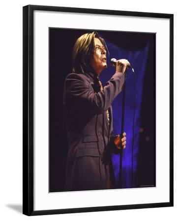 Singer David Bowie Performing-Dave Allocca-Framed Premium Photographic Print