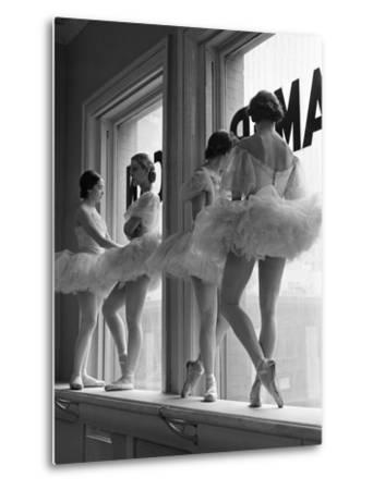 Ballerinas on Window Sill in Rehearsal Room at George Balanchine's School of American Ballet-Alfred Eisenstaedt-Metal Print