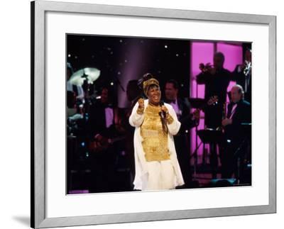 Singer Aretha Franklin Performing at Vh1 Divas Live Premium Photographic  Print by Marion Curtis | Art com