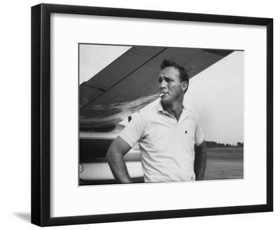 Golfer Arnold Palmer-John Dominis-Framed Premium Photographic Print